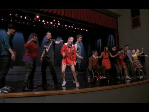 GLEE - Black Or White (Full Performance)...