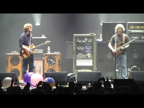 Happy Birthday Leonard Fishman [HD] 2009-03-08 - Hampton Coliseum; Hampton, VA