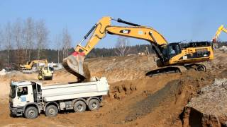Download Caterpillar CAT 365C L loading trucks Mp3 and Videos