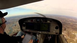 Day flight in the Diamond DA40 with ATC