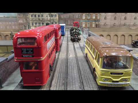 "British Model Railway Layout ""Thornbury Hill"" in OO gauge with Cab Ride along the Main Line"