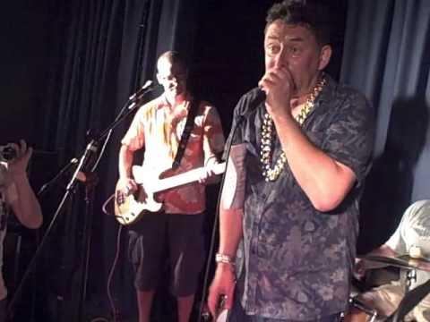 Kau Jai Tur Lak Bur Toh - Asbo Derek live