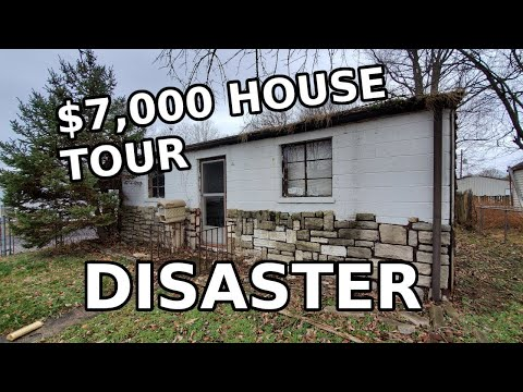 Exploring A $7,000 Abandoned House (Trigger Warning)