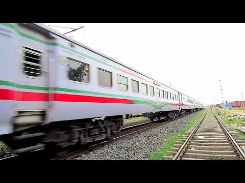 After''Fani'' cyclone UP Krishnanagar City Galloping local entering & departing Kalinarayanpur from YouTube · Duration:  2 minutes 28 seconds