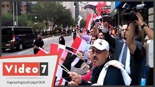 المصريون فى أمريكا يستقبلون موكب أوباما بالهتاف للسيسى