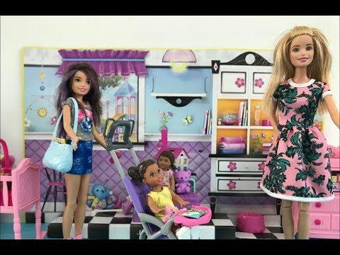 Barbie Baby Sitter Guide! Barbie gives Sister Skipper Babysitting Tips! + Disney Princess Playgroup