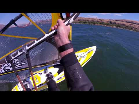 Boardsailing at Celilo (The Gorge)
