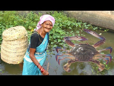 Granny Special King Size Crabs Recipe Village Style || Myna Street Food