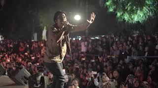 Pamer Bojo - Paksi Raras Alit live at SKM #9
