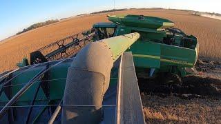 Combine Auger Stuck In Grain Cart