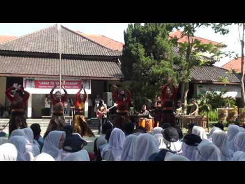 Demo Ekskul Tari Ft Arumba SMKN1 Bandung