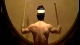 2009年、富岳太鼓リサイタル、大太鼓一人打ちの曲「霊峰」です。