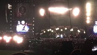 Pearl Jam - Sleeping by Myself intro - Dennis Rodman - 8/18/2018 - Wrigley Field - Chicago, IL