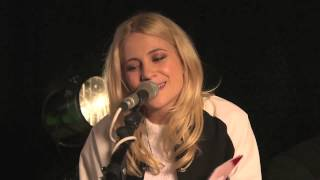 Pixie Lott - All About Tonight (Live from YouTube)
