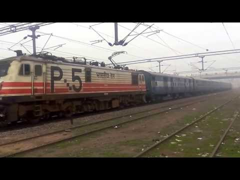 High Speed Malwa Express with Pathankot Junction To Delhi| INDIAN RAILWAYS |