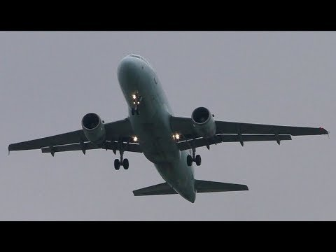 GO AROUND Air Canada A319 at London Heathrow Airport