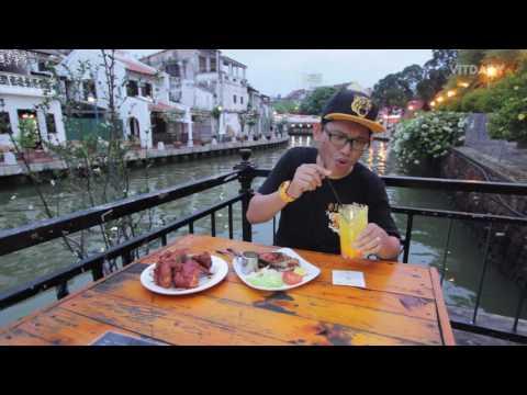 Makan Asam Pedas Salmon Tepi Sungai Melaka?