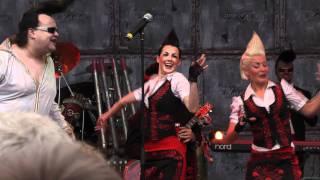 leningrad cowboys - ELVIS SHOW sweet home chicago LIVE Hamburg Holsten Brauereifest 2011