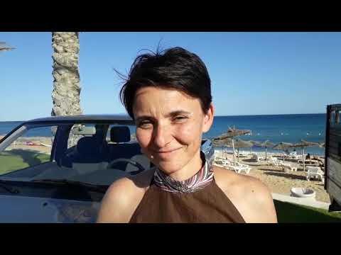 Beatrice Garric présente le Pick Up Peugeot