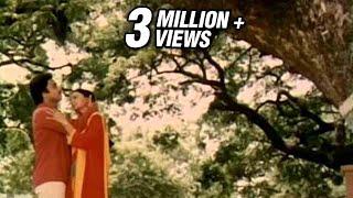 Katti Vechukko Enthan Anbu song - En Jeevan Paduthu - S. Janaki, Malaysia Vasudevan