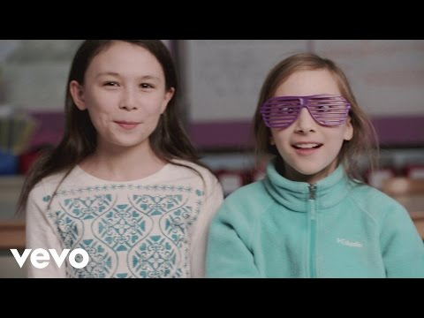 George Ezra - School Kids React To Budapest
