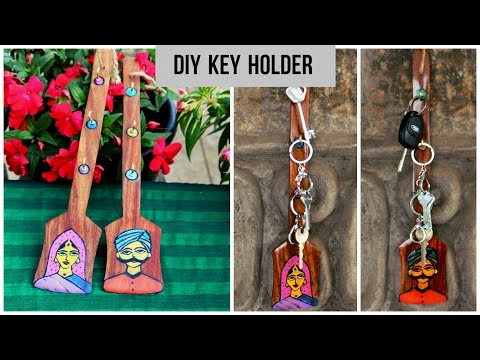DIY WOODEN SPATULA KEY HOLDER