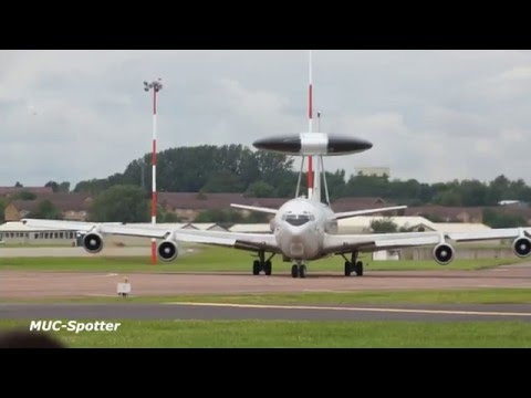 RIAT Monday departures more than 80 min Airplane departures RAF Fairford RIAT 2012 Air Show