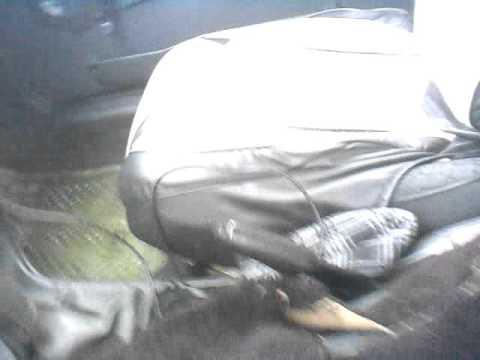 Ваз 21093 под водительский коврик попадает вода