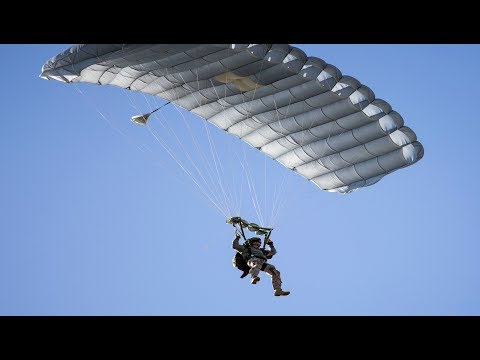 USMC Recon: MILITARY FREE FALL Parachuting (3rd Recon Battalion)