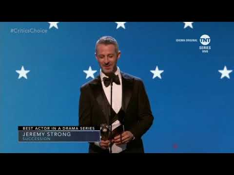 Jeremy Strong Wins At Critics Choice Awards 2020