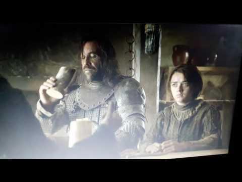 Game Of Thrones S4E01Arya Stark & Der Hund/ Zwei Schwerter /german-Deutsch