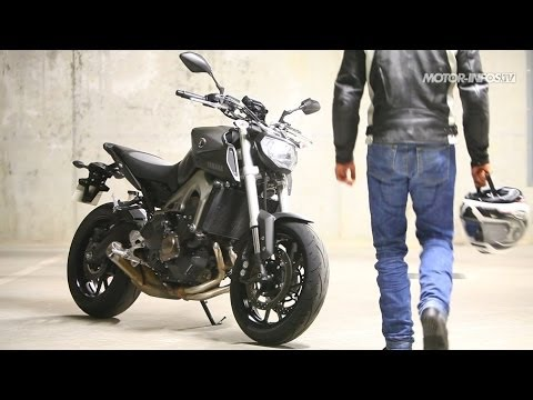 essai yamaha mt 09 youtube. Black Bedroom Furniture Sets. Home Design Ideas
