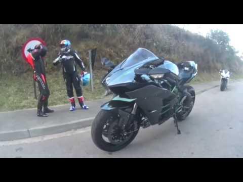 Kawasaki H2 á 407km/h - Cadê o clube 299? Está logo atrás, já passei eles á uns 20km...kkk