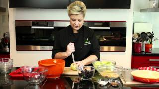 Fruit Bytes With Rozanne Stevens - Apple & Blackberry Crumble