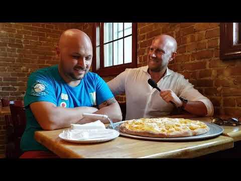 La Grande Sfida Di New York: Pizza Napoletana VS Pizza Americana