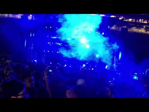 "DJ Snake performs ""Here Comes the Night"" live at SuperCity Oakland August 19, beautiful"