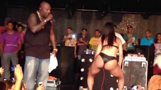 Mr Catra e Dançarina – Show em Recife Lotado – HD 720p