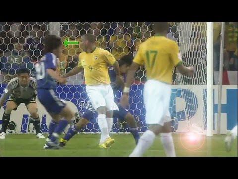 Ronaldo No Look Pass (Brazil VS Japan World Cup 2006)
