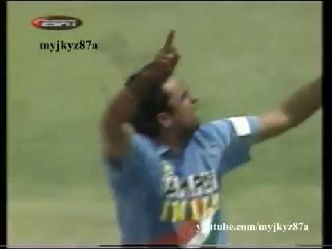 Javagal Srinath All 18 Wickets from New Zealand ODI series 2002/03.