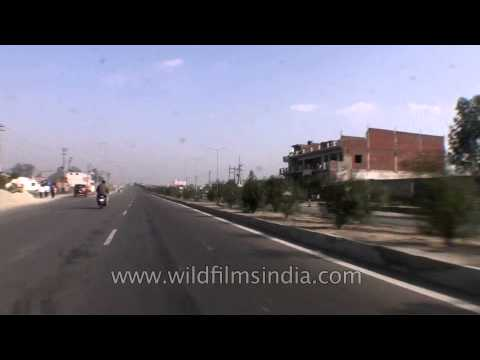 Smooth drive towards the city of Meerut