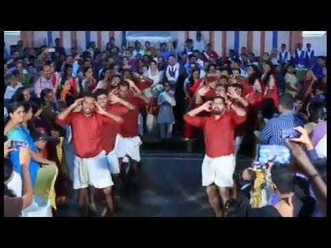 Margazhiye Malligaye : Chayakootam  Wedding Surprise Dance