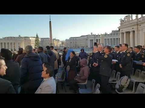 El papa Francisco recibió a los egresados de la escuela de oficiales de la Policía de Entre Ríos 2