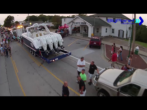 Lake of the Ozarks Shootout Street Party 2015