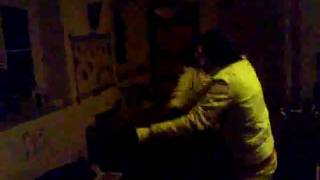 Maria und Nancey beim tanzen..xD