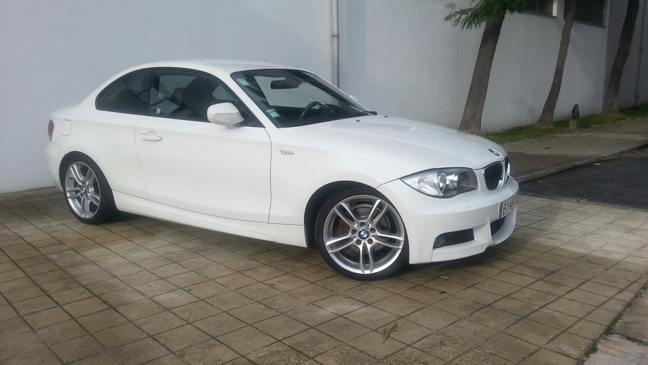 bmw 120d coupe msport 2011 youtube. Black Bedroom Furniture Sets. Home Design Ideas
