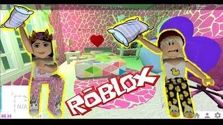 ROBLOX - A PIJAMADA WITH PEDIMENTS - BLOXBURG