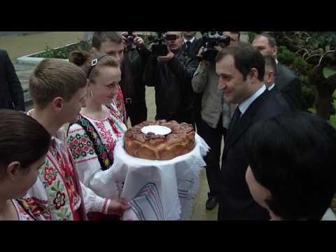 Întâmpinarea prim-ministrului Vladimir Filat în Cimișlia