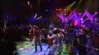 SHAKIRA - ciega,sorda, muda-CON MARIACHI HD- viva Mexico!