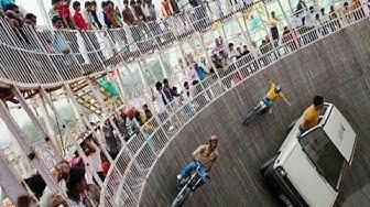 Maut ka kuwa   Well Of Death   Mot ka kuwa   Car and Bike Circus india
