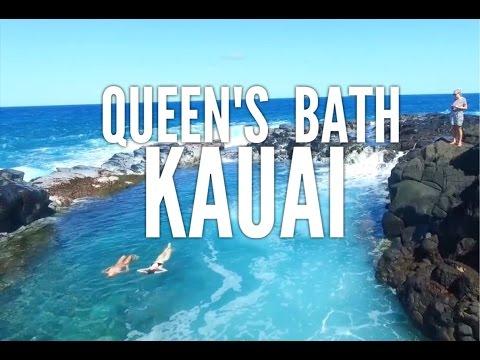 SWIMMING IN QUEEN'S BATH, KAUAI // TIDE POOL